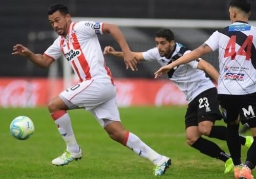 Goleada de River Plate ante Danubio por 4 a 0